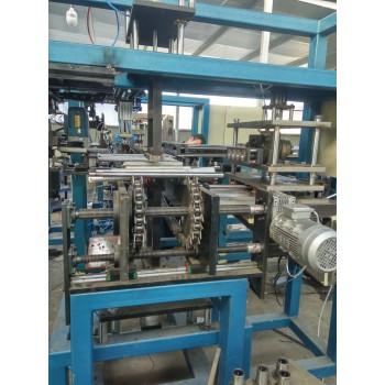 机械手生产线