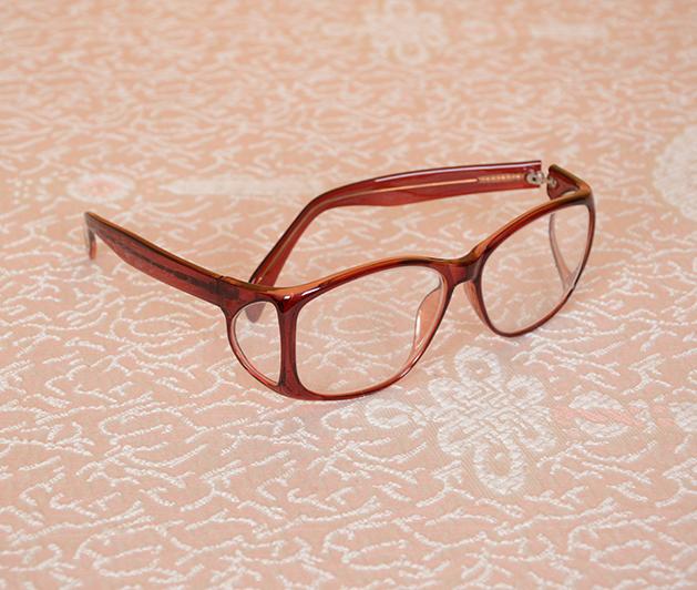 护边防护眼镜