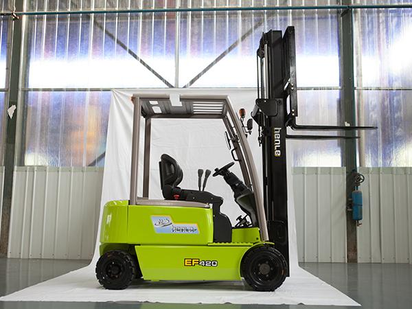 经济型蓄电池平衡重式叉车