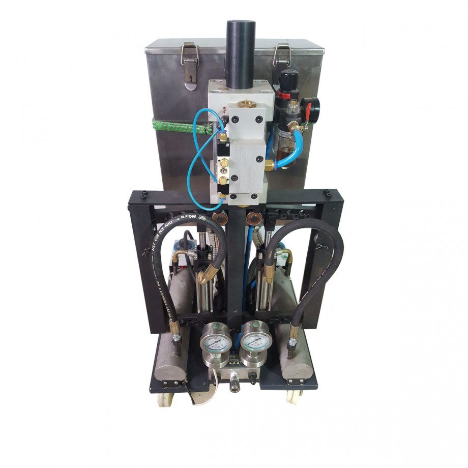 聚脲聚氨酯喷涂机HP-902