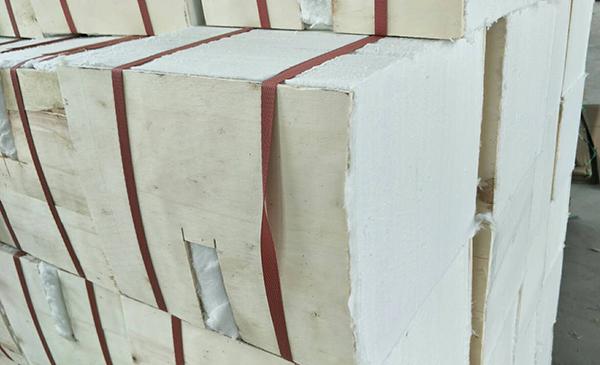 陶瓷纤维层叠块