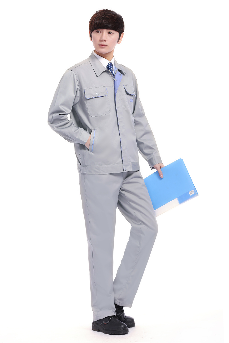 淺灰色春裝工作服