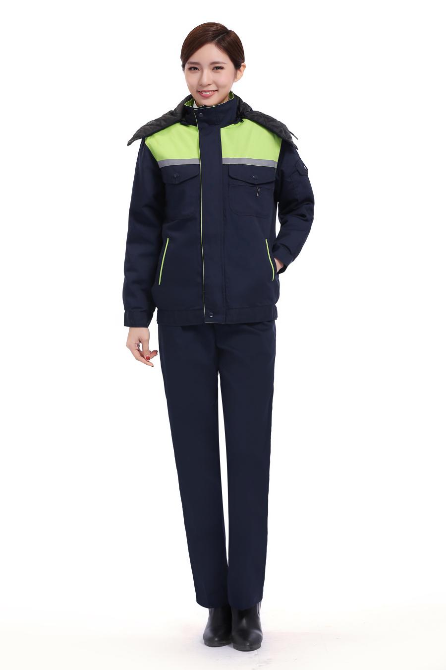 绿色冬装工作服