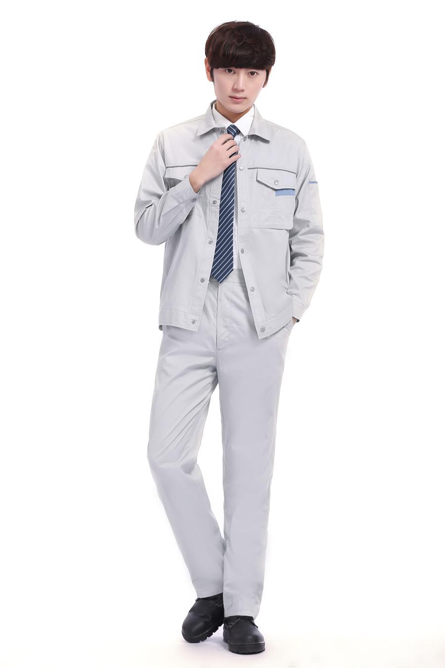 灰白色长袖
