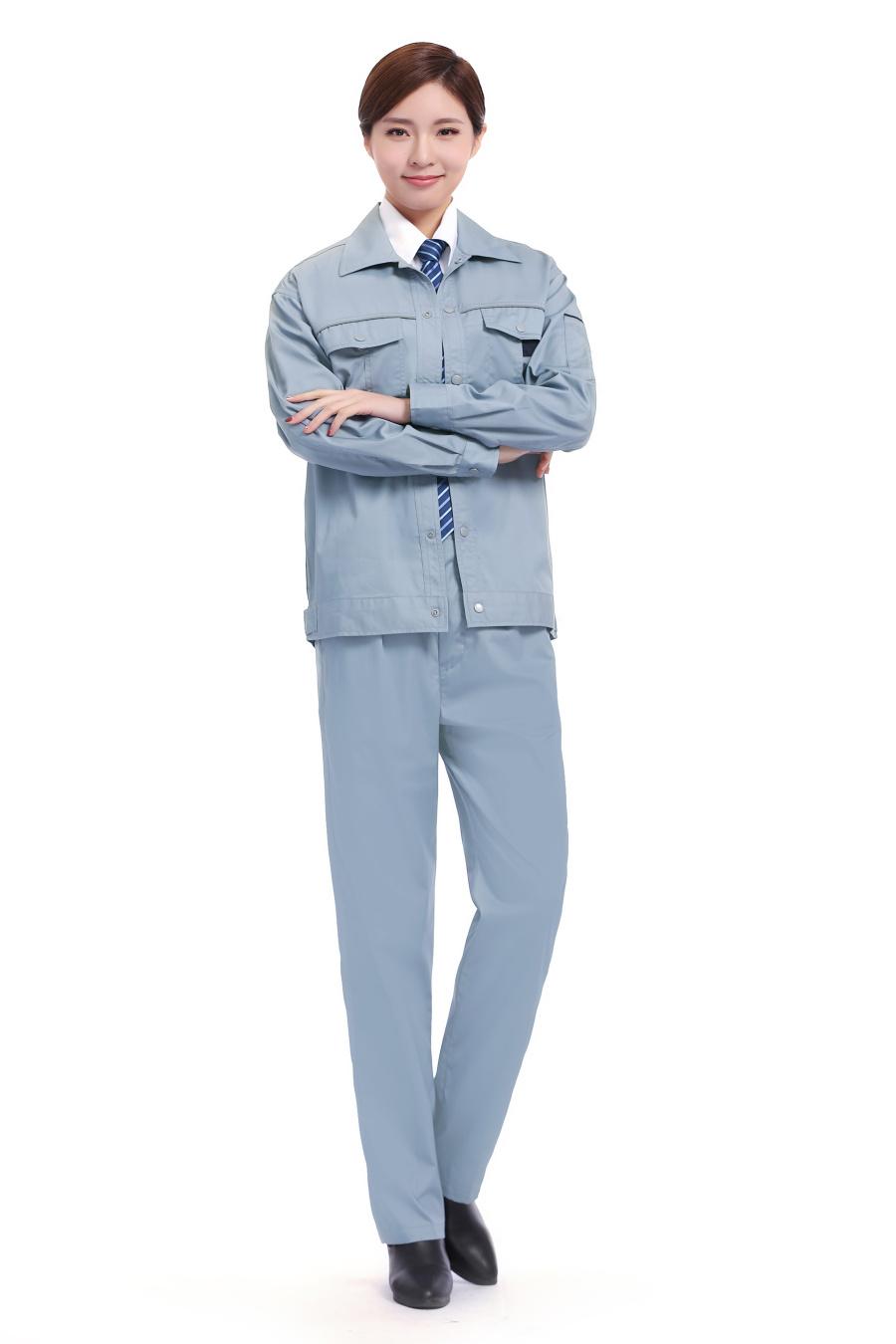 淺藍色長袖