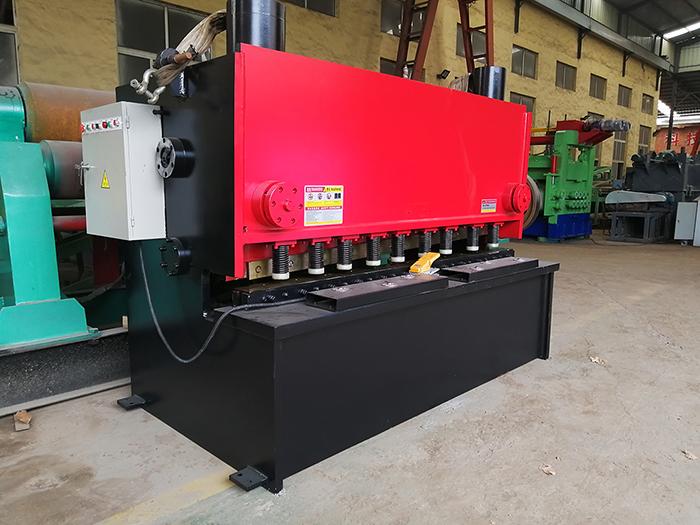 12X2000液压剪板机