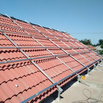 斜屋頂AG8最新备用网站支架