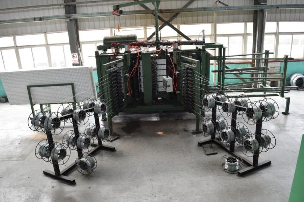 钢丝网架保温板设备