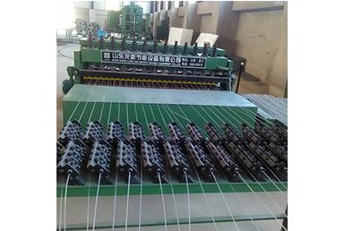 鋼網焊接機組生產線