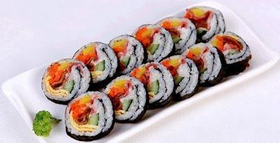 芦笋三文鱼寿司