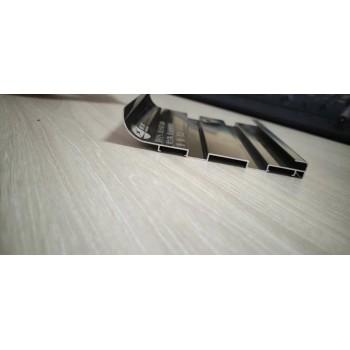 塑胶地板上墙衬板7