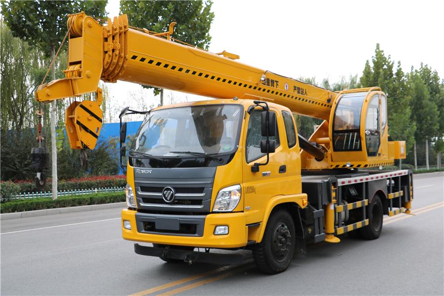 福田16吨汽车吊